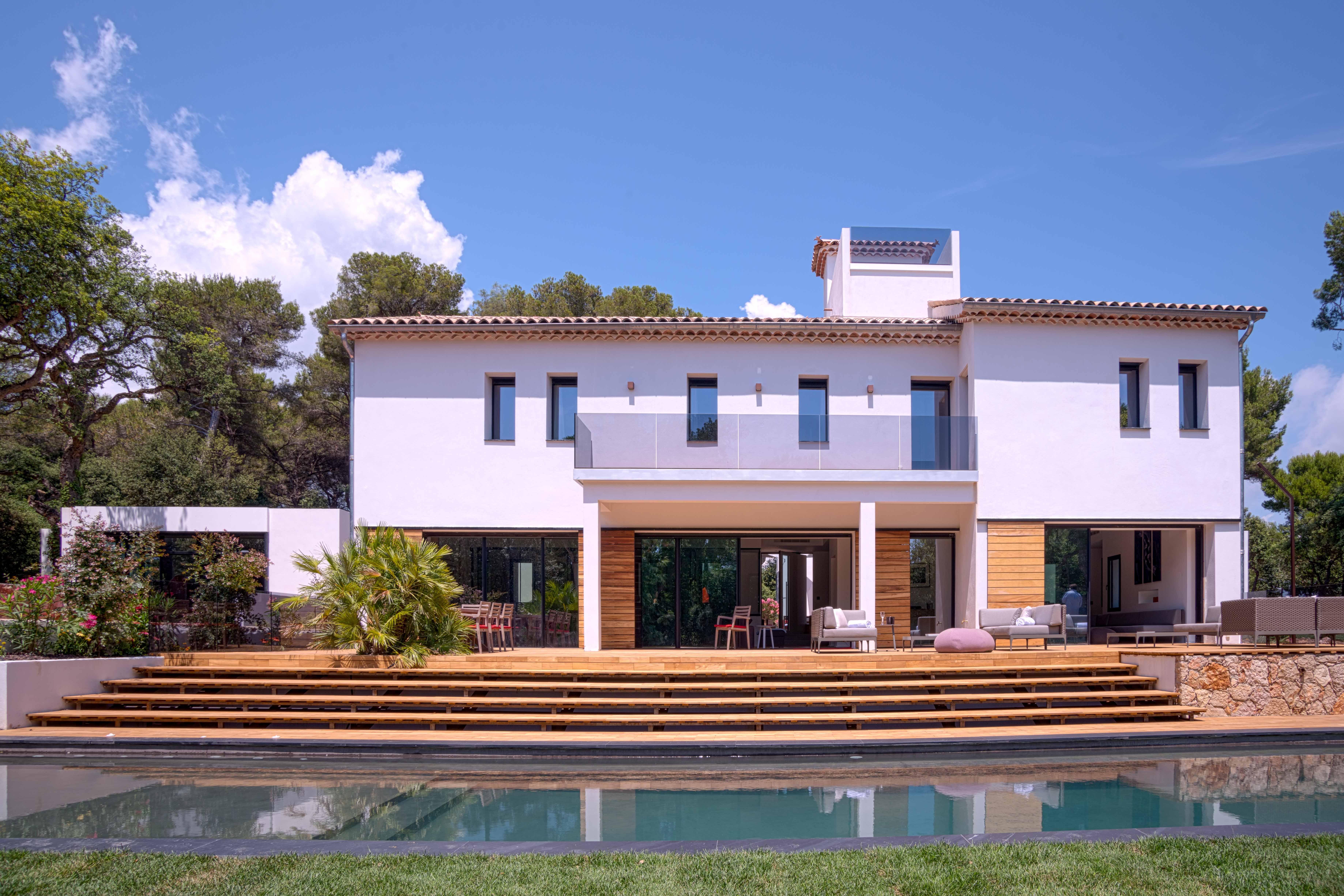 Photo facade villa moderne faades de maison design quon for Facade de maison moderne