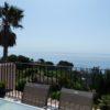 Villa vue mer panoramique avec piscine, tennis et calanque en contre bas.